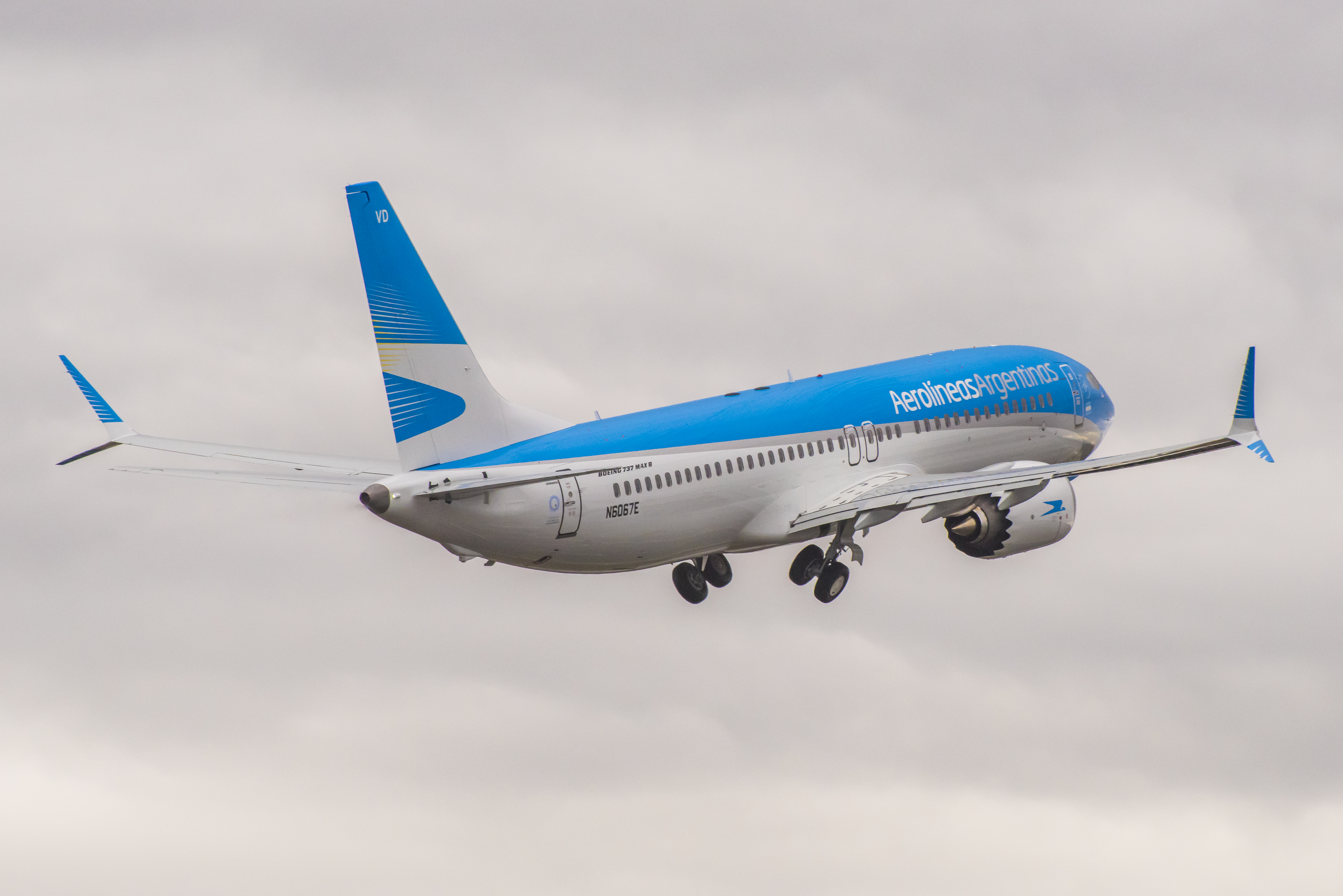Aerolíneas_Argentinas_6661_ARG_Exteriors